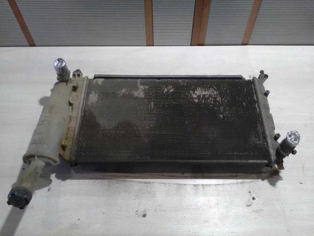 PUNTO II. Bontott Vízhűtő. Alkatrész