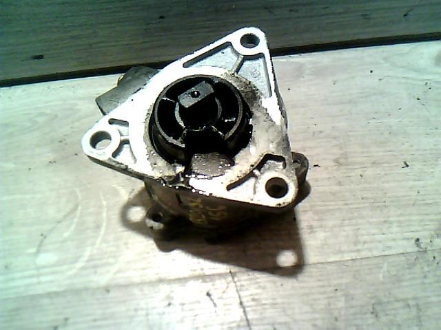 ALFA ROMEO 156 97-03 Vákuum szivattyú bontott alkatrész