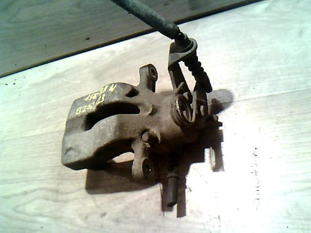 ALFA ROMEO 156 97-03 Bal hátsó féknyereg (nem hűtött tárcsás) bontott alkatrész