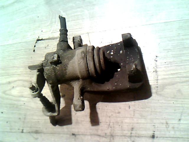 156 97-03 Bontott Jobb hátsó féknyereg (nem hűtött tárcsás) Alkatrész