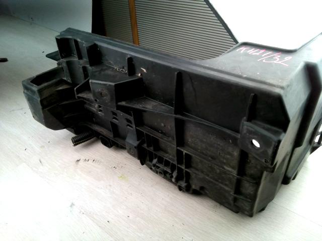 VECTRA C 01-05 Bontott Akkumulátor tartó Alkatrész