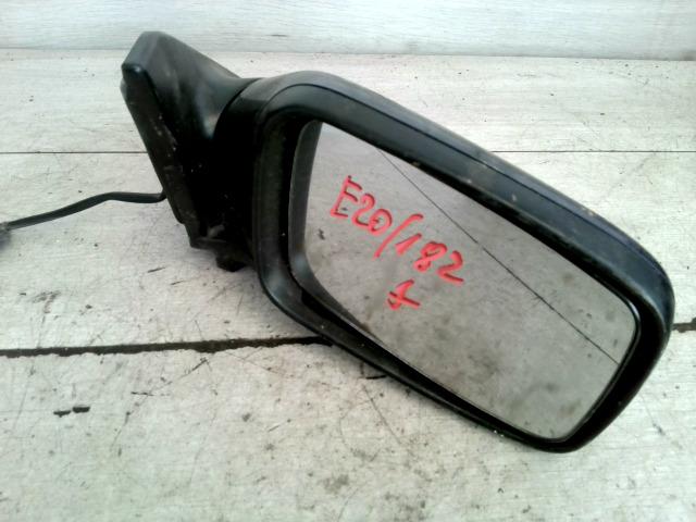 V40 Bontott Jobb visszapillantó tükör Alkatrész
