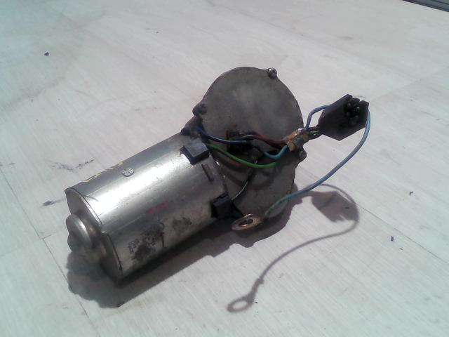 FAVORIT Bontott Ablaktörlő motor első Alkatrész