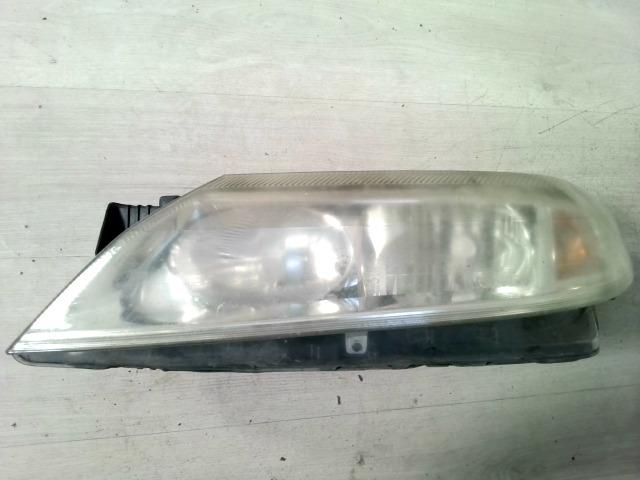 RENAULT LAGUNA 00-05 Bal fényszóró motoros állítású bontott alkatrész