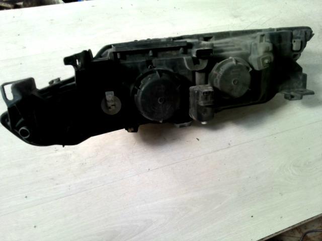 LAGUNA 00-05 Bontott Jobb fényszóró motoros állítású Alkatrész