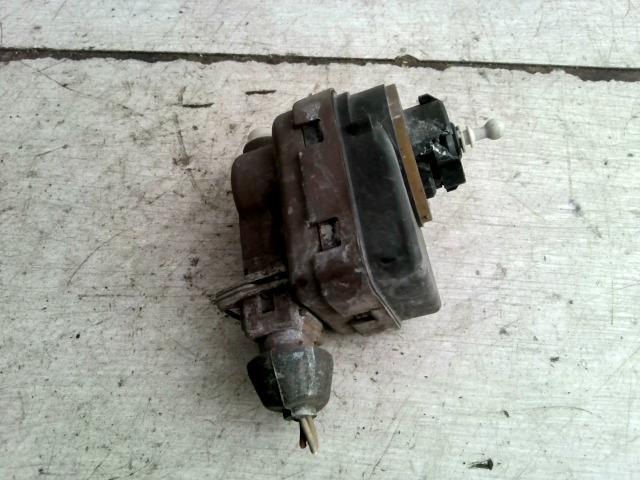 PEUGEOT 306 93-97 Fényszórómagasság állító motor bontott alkatrész
