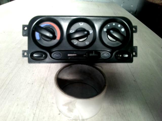 DAEWOO MATIZ 98-01 Fűtésvezérlő konzol nem klímás bontott alkatrész