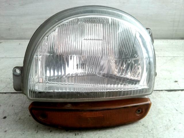 RENAULT TWINGO 93-98 Bal fényszóró irányjelzővel bontott alkatrész