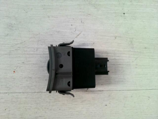 LAGUNA 00-05 Bontott Műszerfal fényerő állító kapcsoló Alkatrész