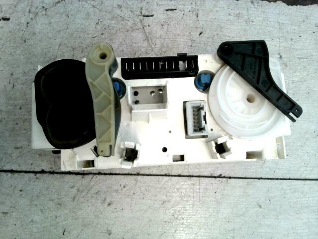 ASTRA G 97-04 Bontott Fűtésszabályzó fűtésvezérlő konzol Alkatrész