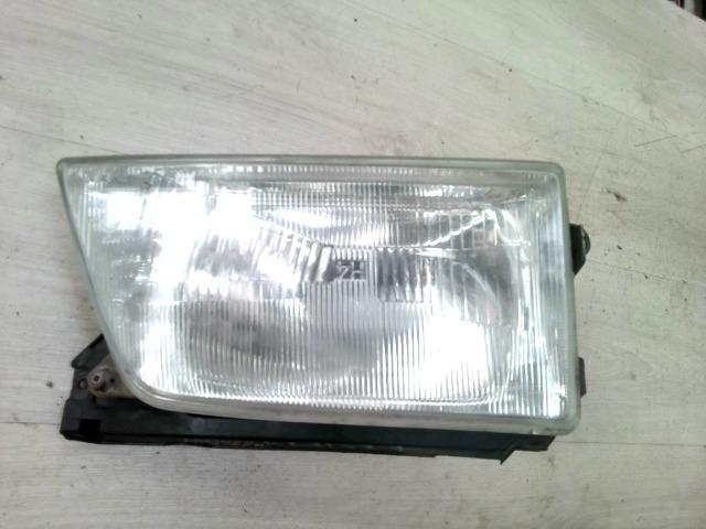 DAEWOO RACER Jobb fényszóró mechanikus állítású bontott alkatrész