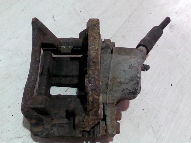 CLIO 01-06 Bontott Bal első féknyereg munkahengerrel Alkatrész