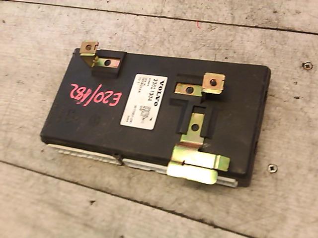 V40 Bontott Központizár vezérlő  modul Alkatrész