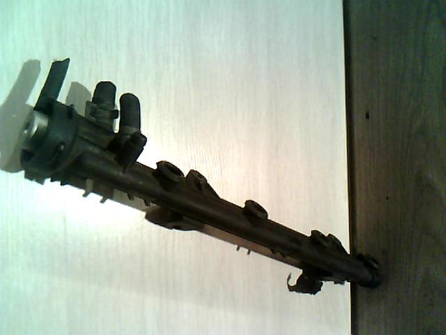 FELICIA -97 Bontott Üzemanyag gyűjtőcső. Alkatrész