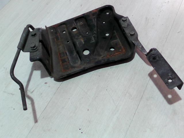 XEDOS 6 92- Bontott Akkumulátor tartó Alkatrész