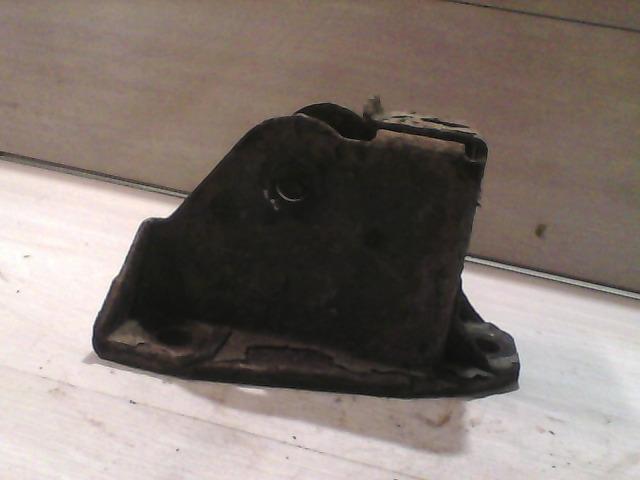 FIAT DUCATO 94-02 Bal hátsó rugótartó bontott alkatrész