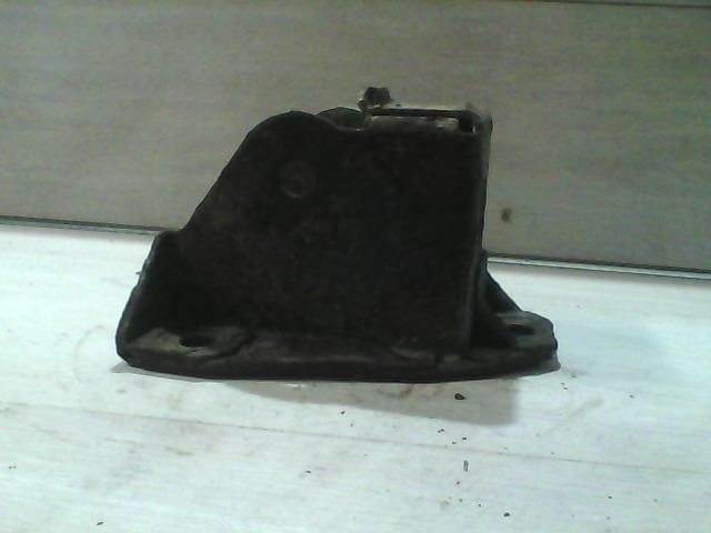 FIAT DUCATO 94-02 Jobb hátsó rugótartó bak bontott alkatrész