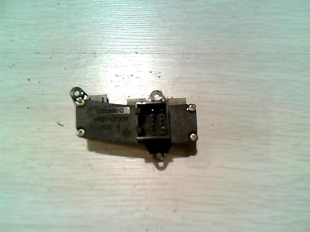 156 97-03 Bontott Ködlámpa kapcsoló Alkatrész