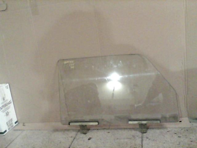 LADA 2105 Jobb első lejáróüveg bontott alkatrész