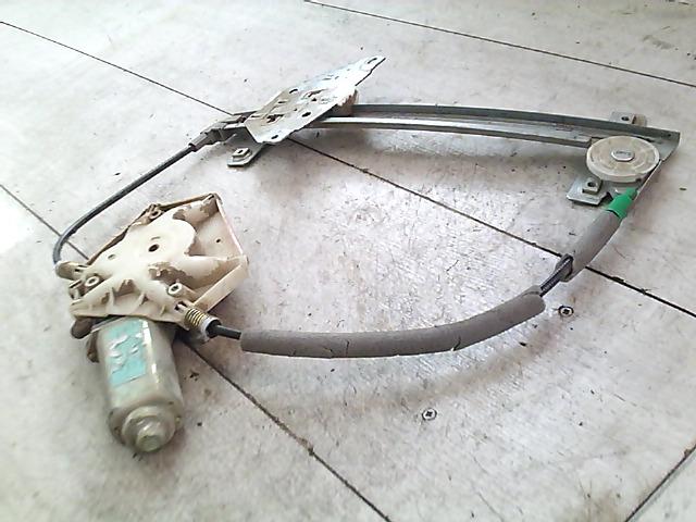 VOLVO V40 Jobb hátsó ablakemelő szerkezet elektromos bontott alkatrész