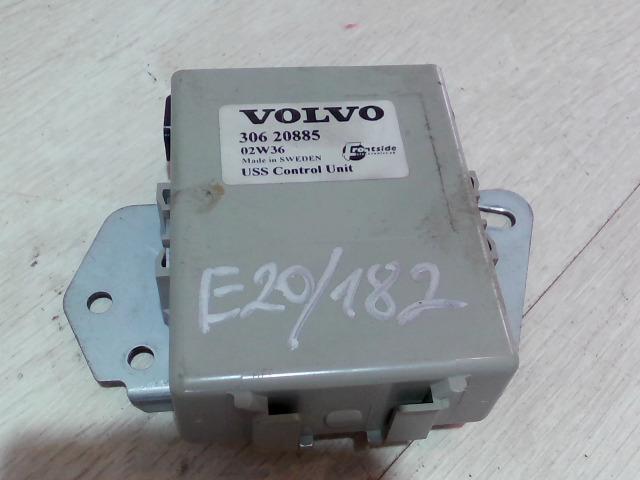 VOLVO V40 Központizár vezérlő bontott alkatrész