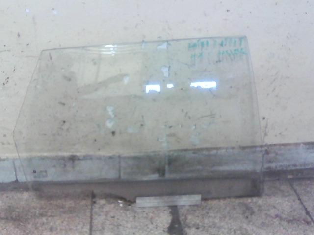 OPEL ASTRA F 94-02 Jobb hátsó lejáró üveg bontott alkatrész