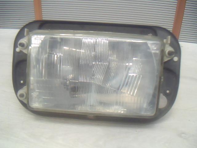 RENAULT Midliner Bal fényszóró  bontott alkatrész
