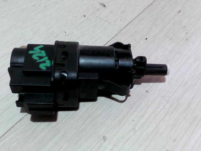 FORD FOCUS 04- Féklámpa pedál kapcsoló bontott alkatrész