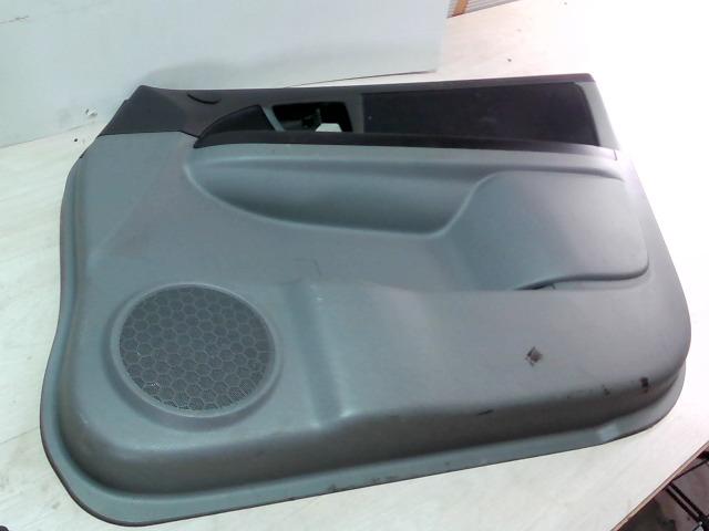 SUZUKI SX4 Jobb első ajtó kárpit bontott alkatrész