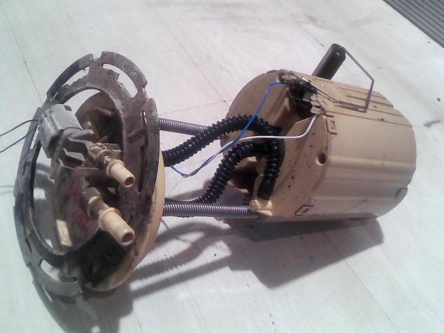 OPEL Astra J/1 2009.09.01-2012.08.31 üzemanyag szivattyú bontott alkatrész