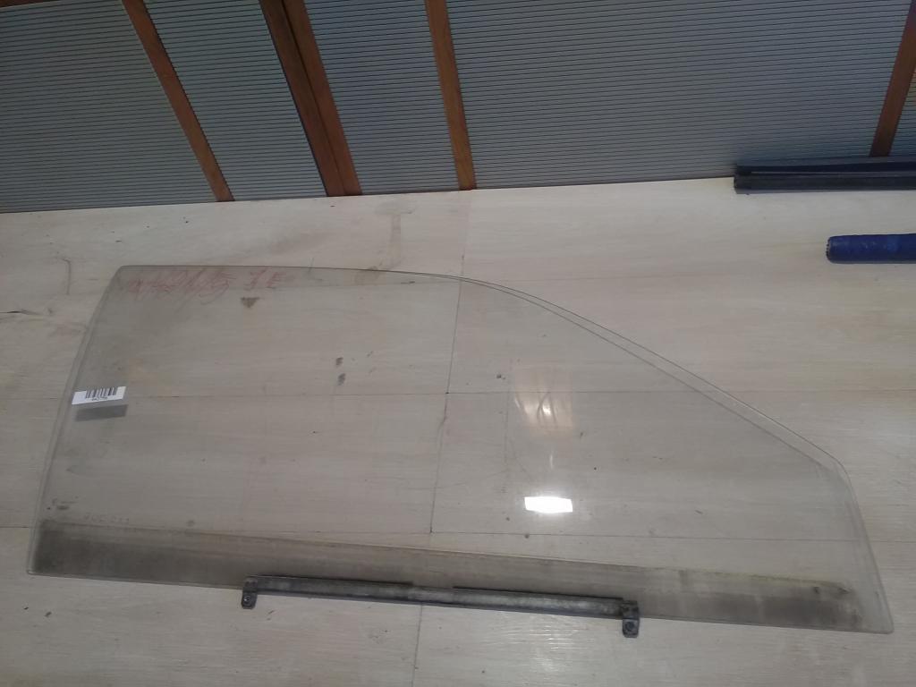 SUZUKI SWIFT 96-05 Jobb első ajtóüveg bontott alkatrész
