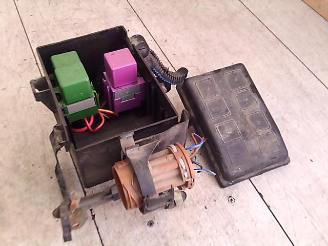 OPEL ASTRA G 97-04 Biztosítéktábla bcm bsi bsm sam gem modul motortér bontott alkatrész