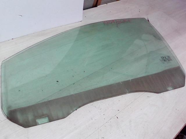 FORD FOCUS 04- Bal első ajtóüveg bontott alkatrész
