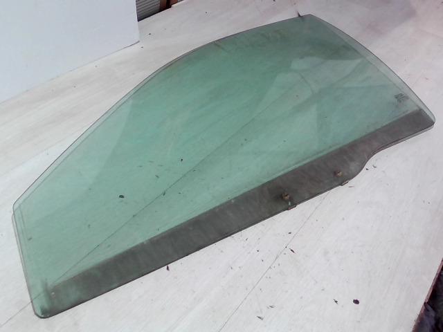 VOLVO S40 Bal első ajtóüveg bontott alkatrész
