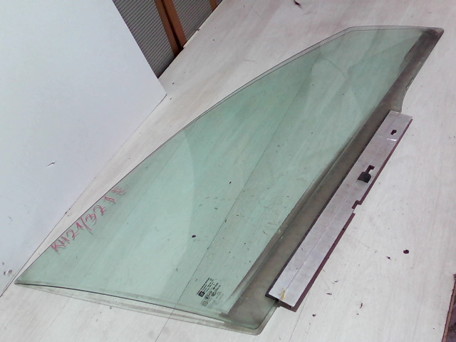 OPEL VECTRA C 01-05 Jobb első ajtóüveg bontott alkatrész