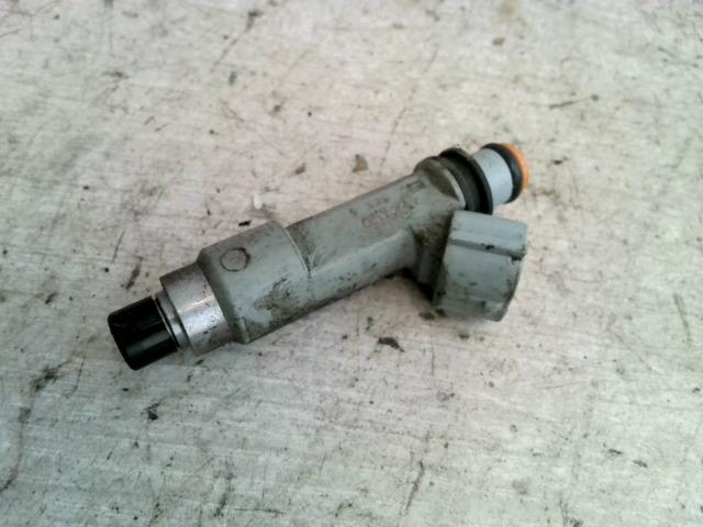 SUZUKI SX4 Injektor befecskendező hengerenkénti bontott alkatrész