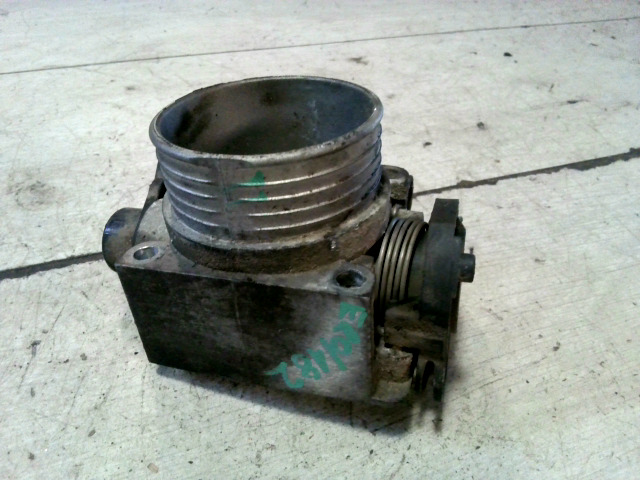 VOLVO V40 Fojtószelep mechanikus bontott alkatrész