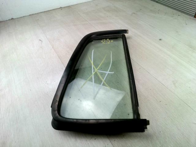 SUZUKI SWIFT 05-10 Bal hátsó fixüveg ajtóban bontott alkatrész