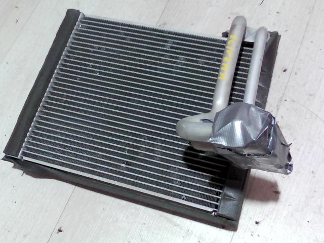 SUZUKI SWIFT 05-10 Klímahűtő radiátor bontott alkatrész