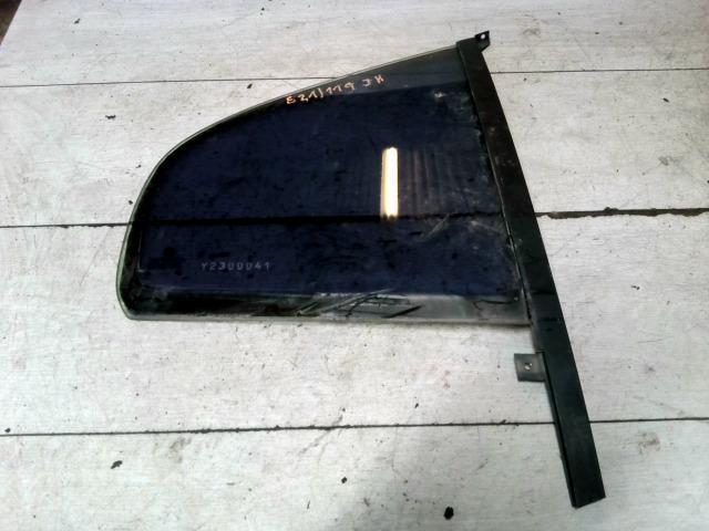 SKODA OCTAVIA 97-00 Jobb hátsó fixüveg ajtóban bontott alkatrész