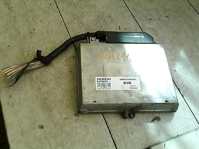 RENAULT MEGANE 95-99 Motorvezérlő egység ecu pcm modul bontott alkatrész