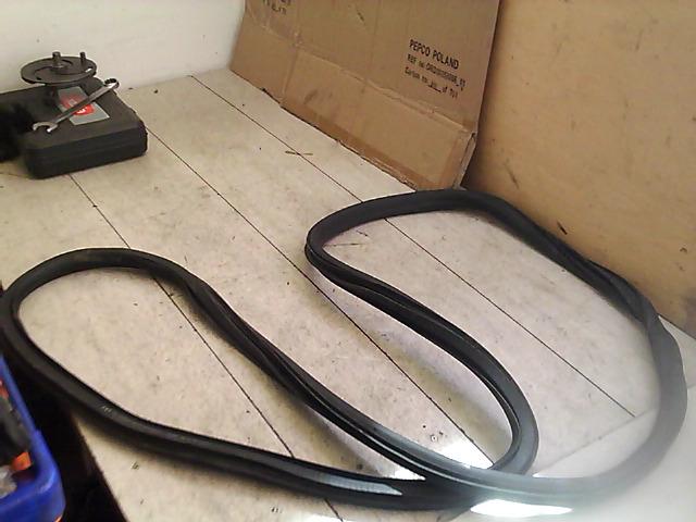 OPEL Astra J/2 2012.09 - Bal első ajtó kéder gumi bontott alkatrész