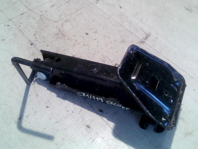 SKODA OCTAVIA 97-00 Autóemelő bontott alkatrész