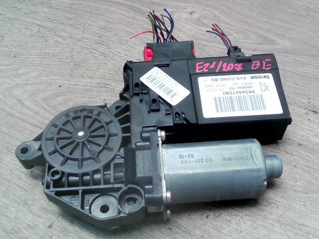 PEUGEOT 307 01-05 Bal első ablakemelő motor bontott alkatrész