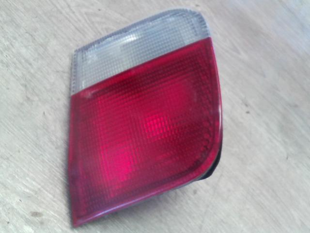HONDA CIVIC 96-99 Jobb belső hátsó lámpa bontott alkatrész