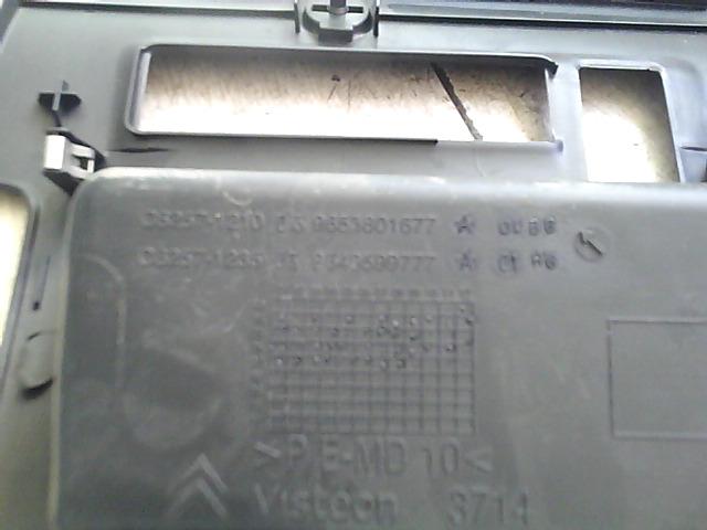 C4 2008.10.01-2010.09.30 Bontott Műszerfal alsó borítás Alkatrész