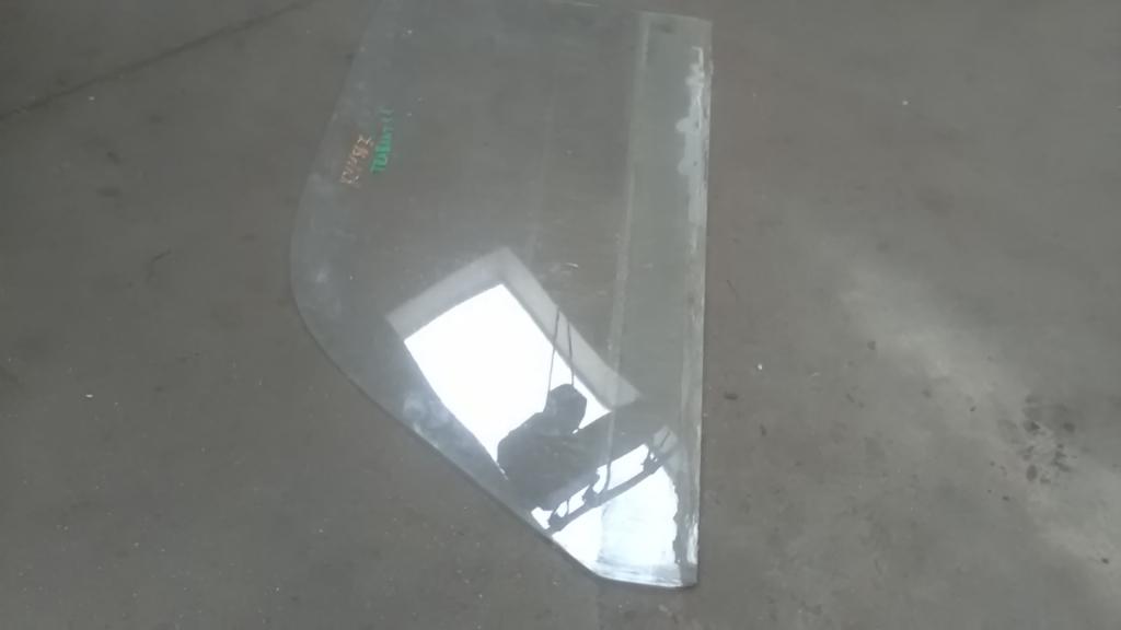 1,1 Bontott Jobb első ajtóüveg Alkatrész