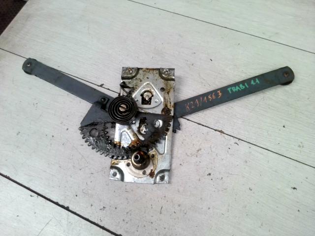 TRABANT 1,1 Jobb első ablakemelő szerkezet mechanikus bontott alkatrész