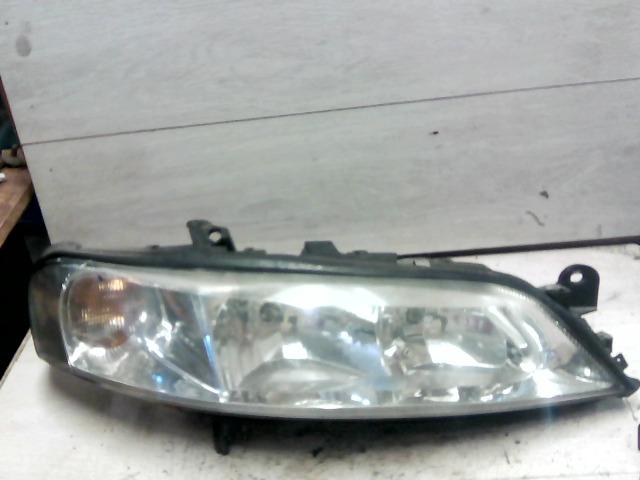 OPEL VECTRA B 99-01 Jobb első fényszóró bontott alkatrész