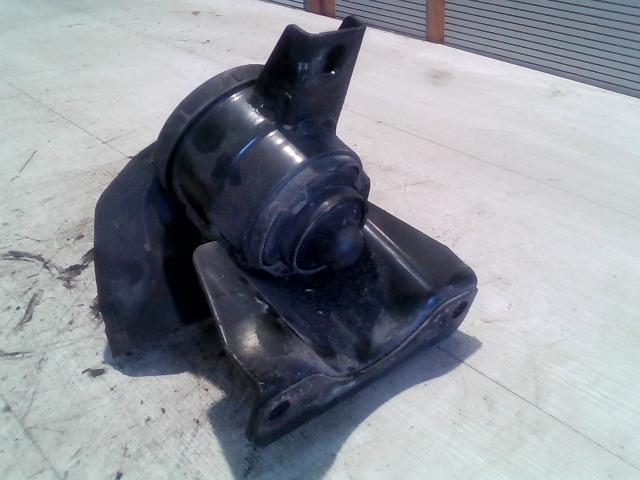 SWIFT 05-10 Bontott Motortartó gumibak jobb Alkatrész